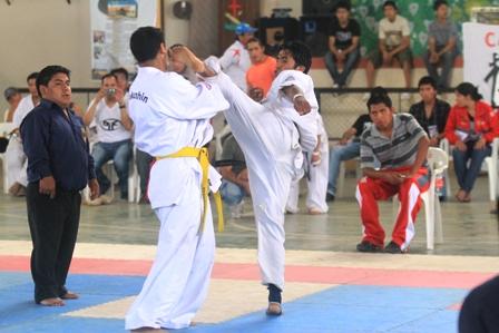 La-seleccion-boliviana-de-karate-tiene-a-los-mejores