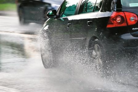 La-lluvia,-un-riesgo-para-el-motor