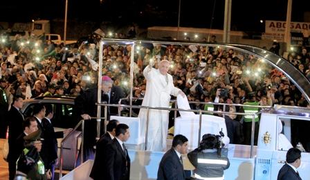 Papa-Francisco-es-declarado-Hijo-Ilustre-de-Santa-Cruz