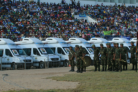 Entregan-115-ambulancias-para-los-municipios-de-Santa-Cruz