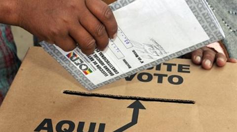 TSE-pide-incluir-solo-a-6-paises-en-el-voto-en-el-exterior-