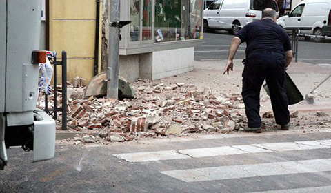 Un-terremoto-de-magnitud-6,3--sacude-el-sur-de-Espana-y-norte-de-Marruecos
