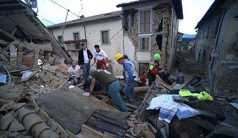 Dos-fuertes-sismos-sacudieron-el-centro-de-Italia