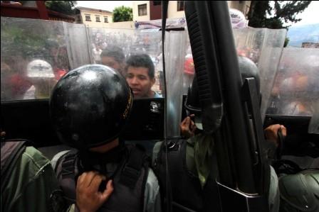 Oposicion-venezolana-da-un-ultimatum-a-Maduro