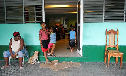 Cuba-enfrenta-a-poderoso-huracan-Matthew-con-su-probado-sistema-antidesastres