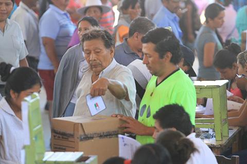 Santa-Cruz-concreta-recuento-de-votos-en-seis-entidades-territoriales