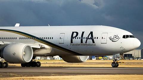 Avion-paquistani-con-47-personas-a-bordo-se-estrello
