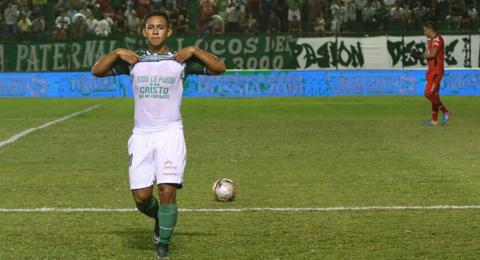 Oriente-le-gana-3-1-a-Bolivar-en-el-debut-de-Hoyos