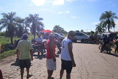 Paro-y-bloqueo-en-Trinidad,-civicos-demandan-mejores-servicios-