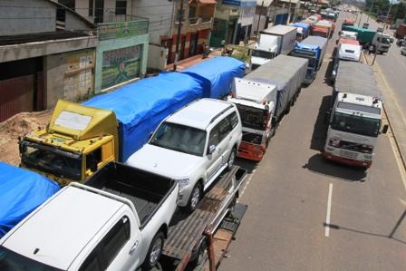 Transporte-pesado-advierte-volver-a-bloquear-carreteras