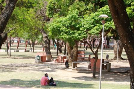 Los-parques-benefician-a-mas-personas-que-la-plaza
