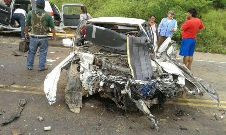 Accidente-cobra-dos-vidas-en-ruta-a-Camiri