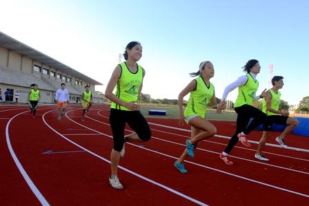 Atletas-estrenan-su-propio-estadio