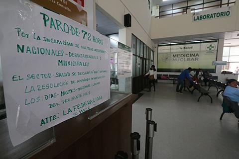 Sector-salud-acata-paro-y-deja-a-miles-de-pacientes-sin-atencion