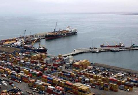 Gobierno-instruye-rechazar-incremento-de-tarifas-portuarias-en-Arica