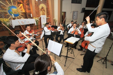 La-musica-llega-desde-la-Chiquitania