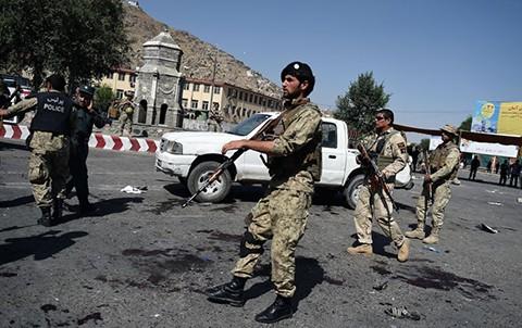Sube-a-80-el-numero-de-muertos-por-atentado-en-Kabul-