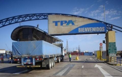 Gobierno-saluda-reapertura-de-garajes-para-camiones-bolivianos-en-Arica