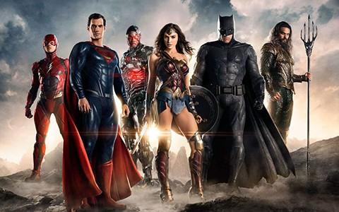Wonder-Woman-y-The-Justice-League-causaron-sorpresa-en-la-Comic-Con-