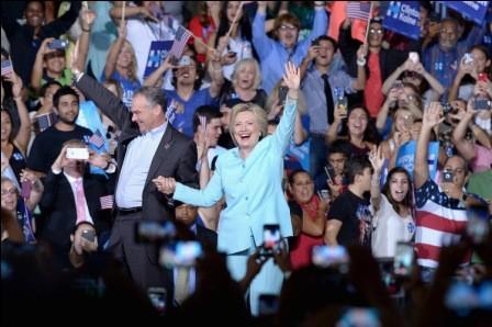 Clinton-se-apresta--a-ser-nominada