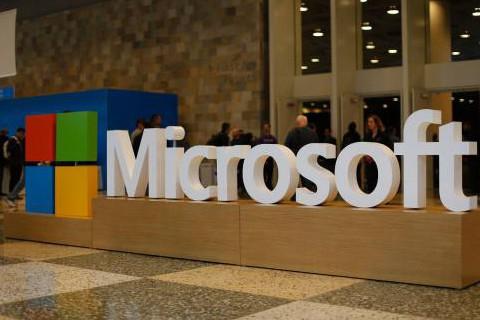 Apple-se-refuerza-en-salud-y-Microsoft-en-inteligencia-artificial