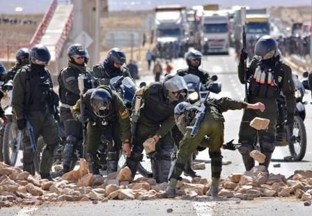 Dos-muertos,-20-heridos-y-31-detenidos-en-bloqueos