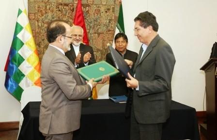 Firman-convenio-con-fines-pacificos-para-ciudadanos