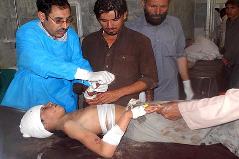 Atentado-suicida-causa-28-muertos-en-mezquita-de-noroeste-de-Pakistan