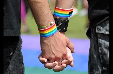En-China-prosperan-las-clinicas-que--curan--la-homosexualidad