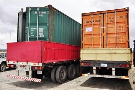 Exportaciones-bajan-en-un-22%-a-agosto