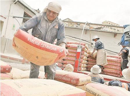 Bolivia:-Trigoso-apunta-a-bajar-el-desempleo-al-3%-en-2017