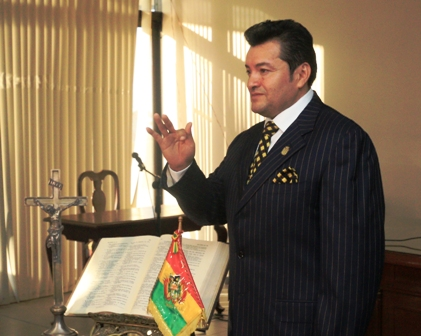 Johnny-Fernandez-jura-como-concejal