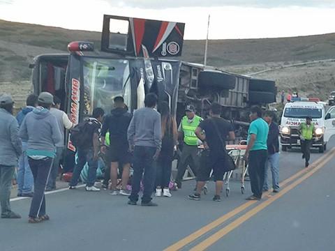 13-muertos-y-27-heridos-saldo-de-accidente-de-flota-Pilcomayo-en-Tarija