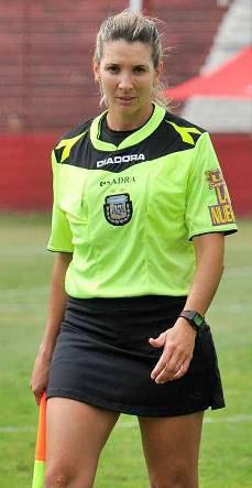 Gisela-Trucco-es-la-primer-mujer-en-dirigir-un-partido-de-la-liga-profesional-del-futbol-de-la-Argentina