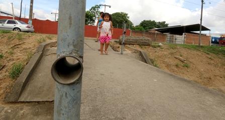 Puentes,-Vecinos-piden-que-se-reponga-las-barandas