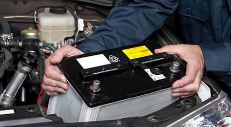 Concejos-para-prolongar-la-vida-util-de-la-bateria-del-coche