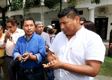 Militantes-declaran-personas-no-gratas-a-Cabrera-y-Salvatierra
