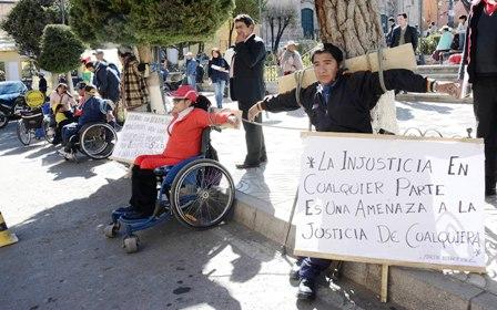 Gobierno-impone-bono-de-discapacitados-a-municipios