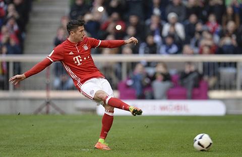 Bayern-Munich-golea-8-a-0-al-Hamburgo-y-se-consolida-como-lider-de-la-Bundesliga