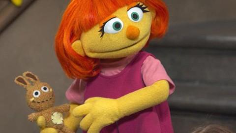 -Plaza-Sesamo--suma-a-primer-Muppet-con-autismo
