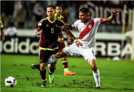 Peru-salva-un-empate-ante-Venezuela-