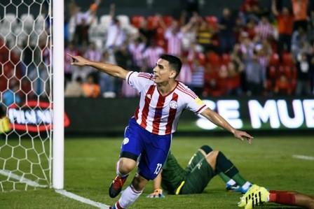 Paraguay-vence-a-Ecuador-y-respira