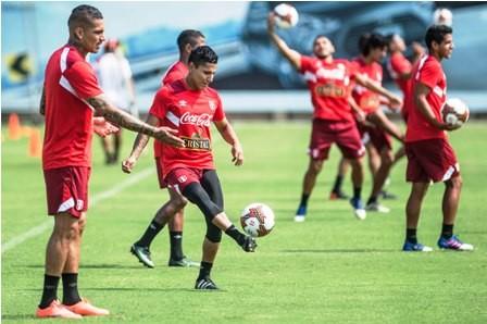 Peru-se-juega-la-vida-ante-Uruguay-hoy-