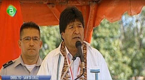 Distinguen-a-Morales-con-la-presea-dorada--Santa-Cruz-Misional-de-Chiquitos--por-trabajar-por-el-pais