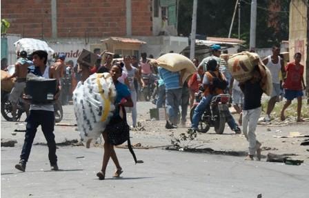 Saqueos,-detenidos-y-mas-muertes-en-Venezuela