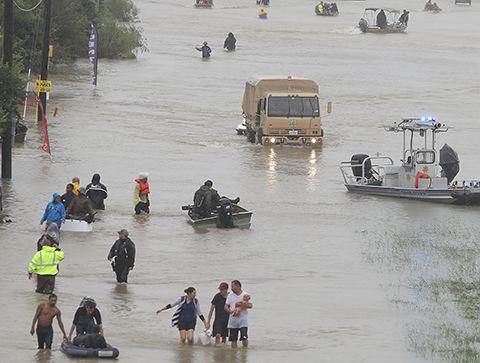Houston-sufre-devastadoras-inundaciones-por-Harvey,-se-espera-mas-lluvia
