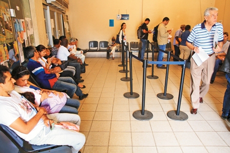 Ministerio-de-Trabajo-no-realiza-el-visado-de-contratos-de-trabajo-a-extranjeros