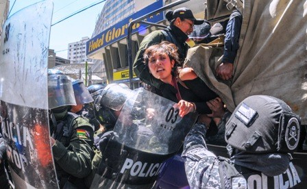 Imputan-a-detenidos-de-Achacachi-por-tres-delitos