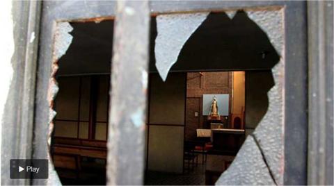 Atacaron-cuatro-iglesias-en-Santiago-de-Chile-y-dejaron-una-amenaza-al-papa-Francisco-a-horas-de-su-llegada