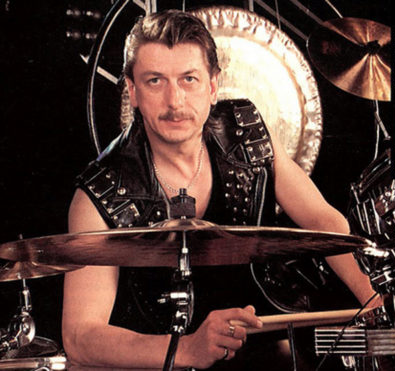 Muere-David-Holland,-exbaterista-de-Judast-Priest-